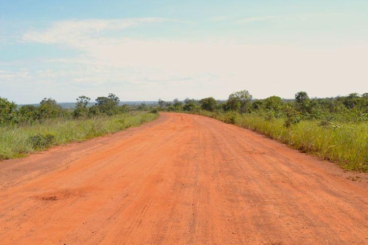 Carretera de Kuito a Nharea