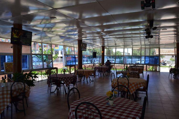 Cafetería de la explanada