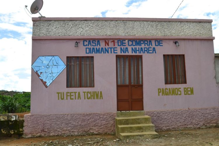 La tienda de diamantes de Nharea