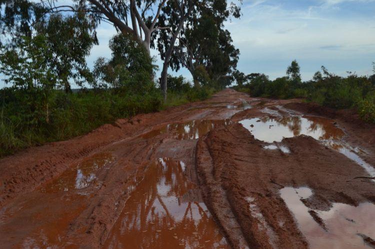 Carretera a Nharea desde Kuito