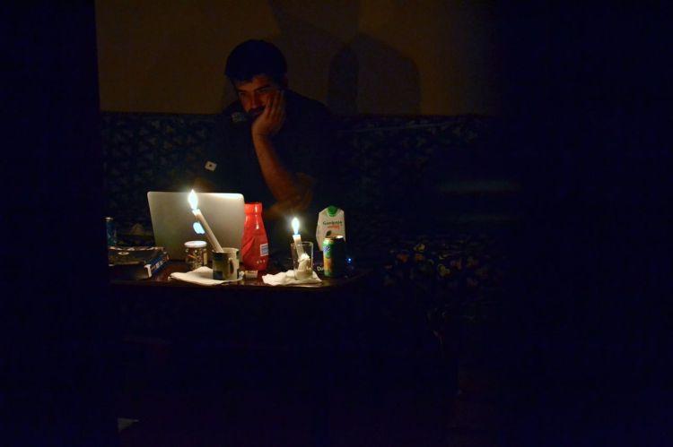 Sin luz en casa