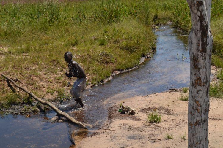 En el rio de Sakalulu