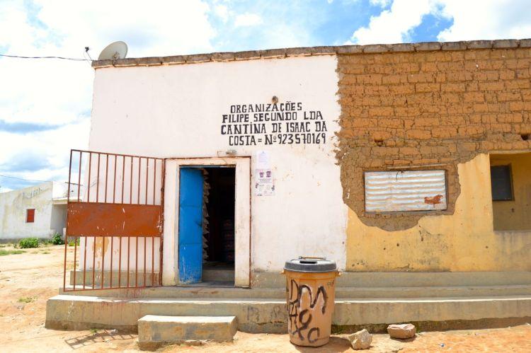 Comercio en Nharea. Felipe II  también fue rey de Angola