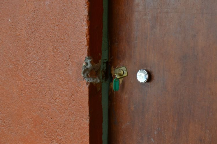 La puerta de la habitación .Andulo