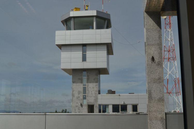 Torre de control del aeropuerto de Huambo