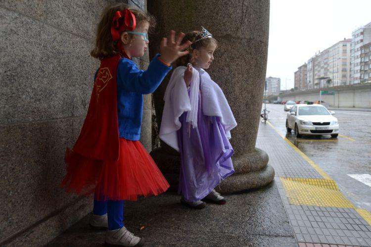 SuperTeba y la Princesa Olivia