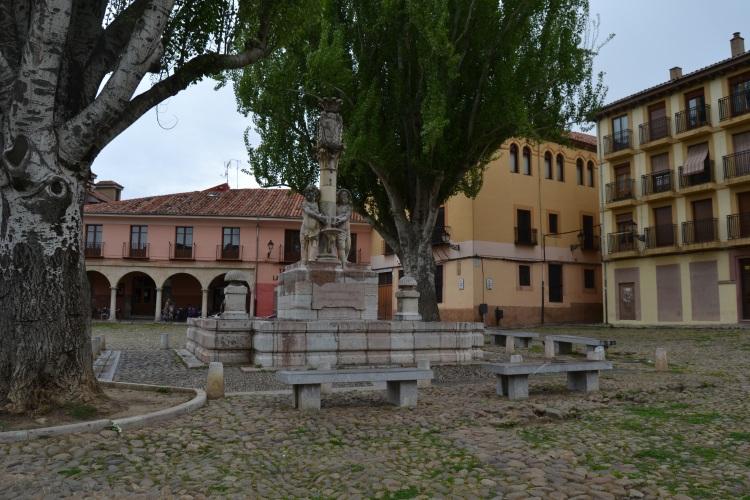 Plaza de Santa María del Camino. León