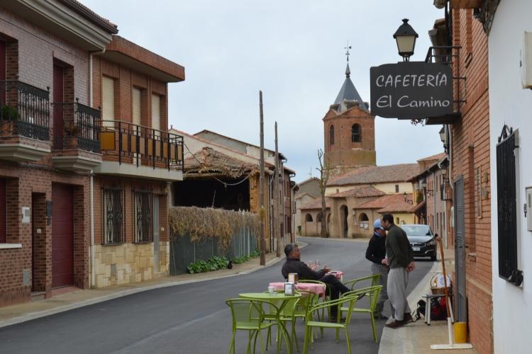 Una calle en Burgo Ranero