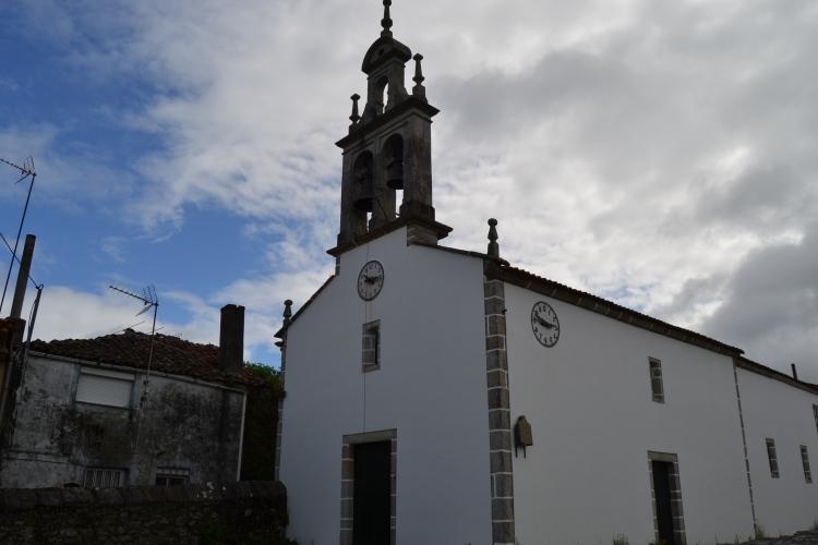 La iglesia de dos relojes