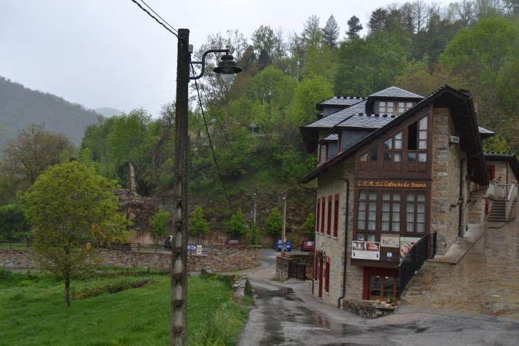 A la entrada de Ruitelán