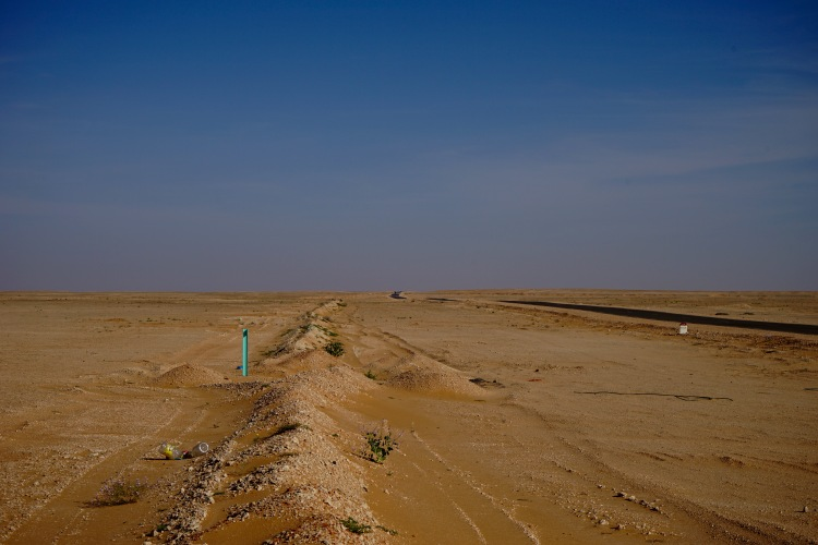 El desierto a mitad de camino a Dajla.